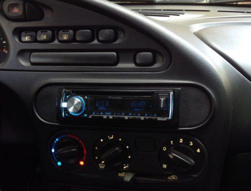 переходная рамка 1 din автомагнитолы для Niva Chevrolet