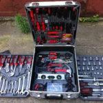 Как выбрать лучшие наборы инструментов для автомобиля